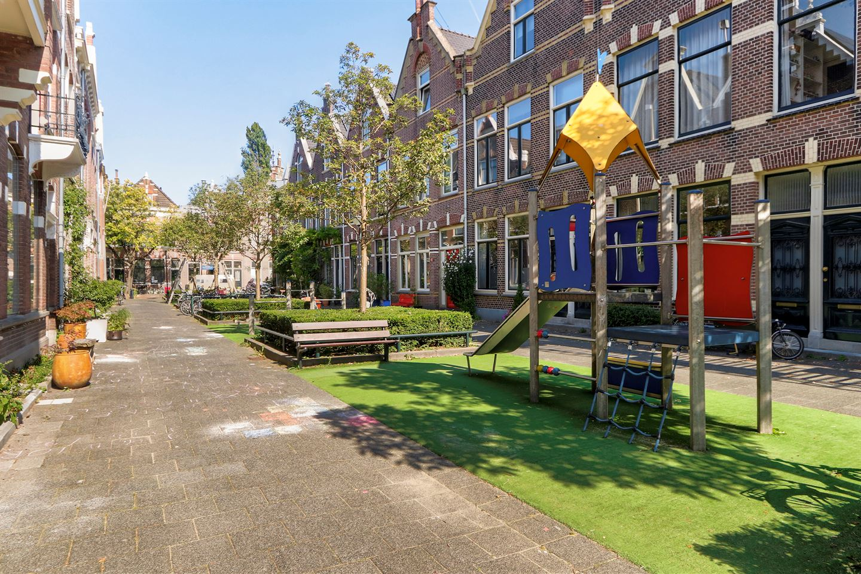 Bekijk foto 2 van Cornelis van Beverenstraat 46