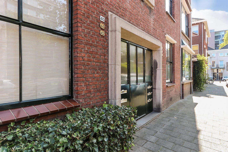 Bekijk foto 3 van Cornelis van Beverenstraat 46