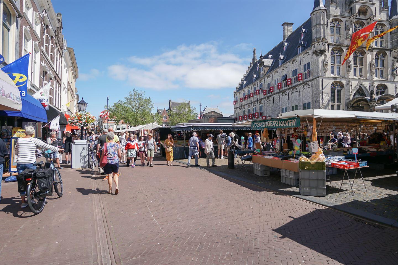 Bekijk foto 4 van Markt 64