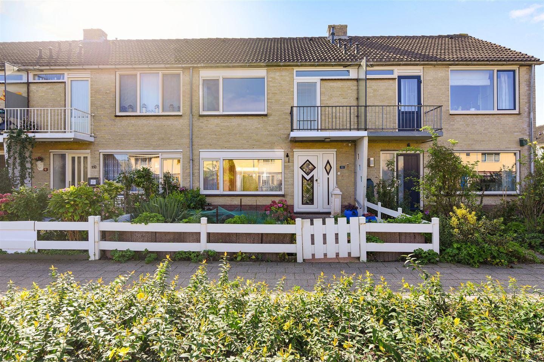 Bekijk foto 1 van Hertog Albrechtstraat 112