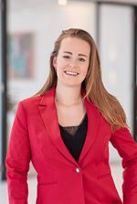 Daphne Hoogland (Secretaresse)