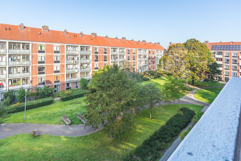 Bekijk foto 2 van Willem Nakkenstraat 17 3