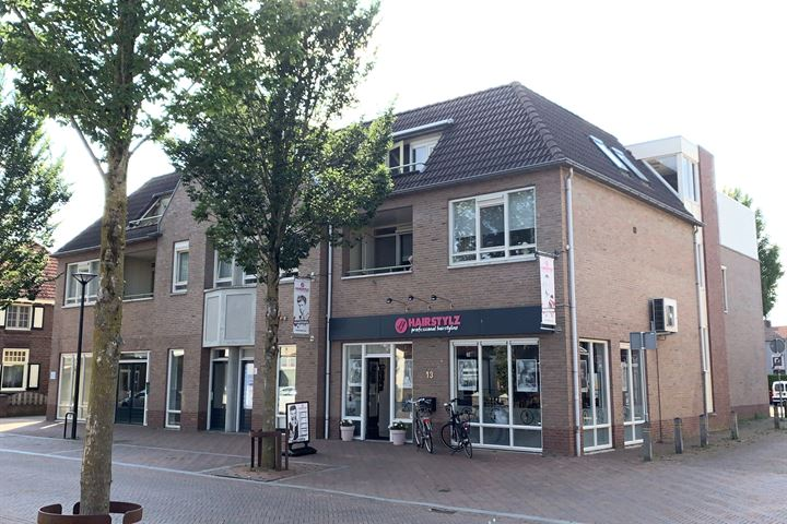 Kerkstraat 13, Mill