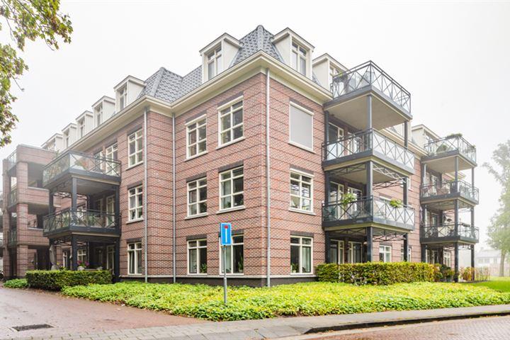 Van Lyndenpark 56