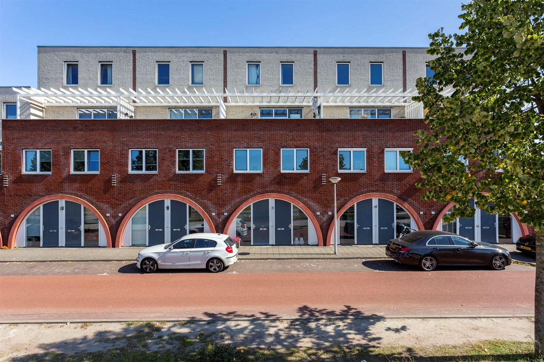 Bekijk foto 1 van Zuiderspoorstraat 65