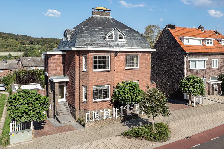 Bekijk foto 1 van Maastrichterlaan 207