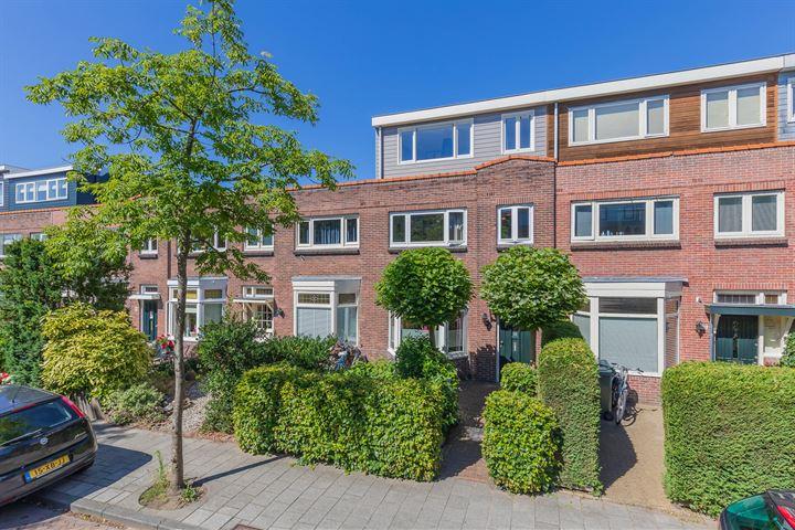 Van 't Hoffstraat 107