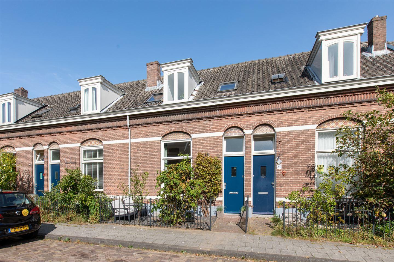 Bekijk foto 1 van Leenaert Nicasiusstraat 18