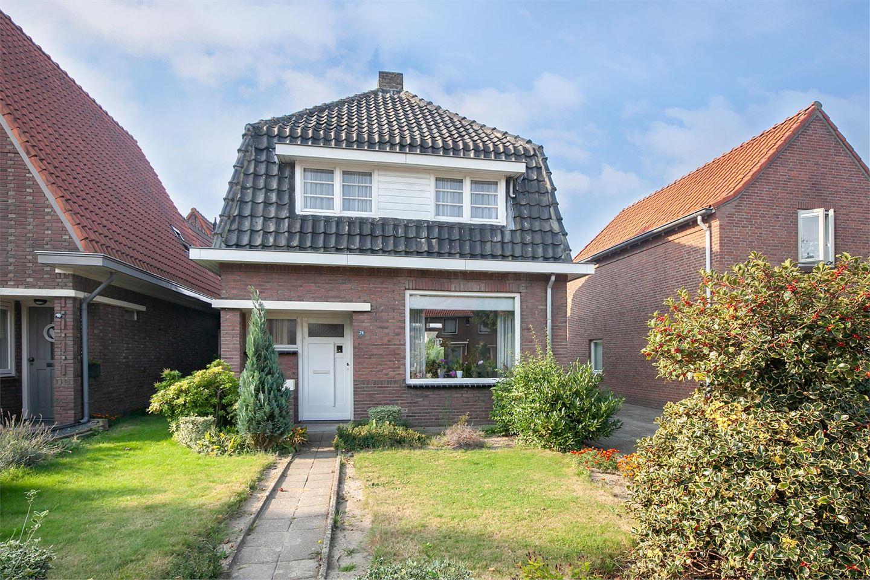 View photo 1 of Van Heeswijkstraat 78