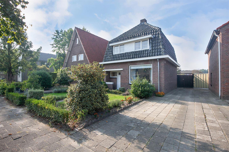 View photo 3 of Van Heeswijkstraat 78