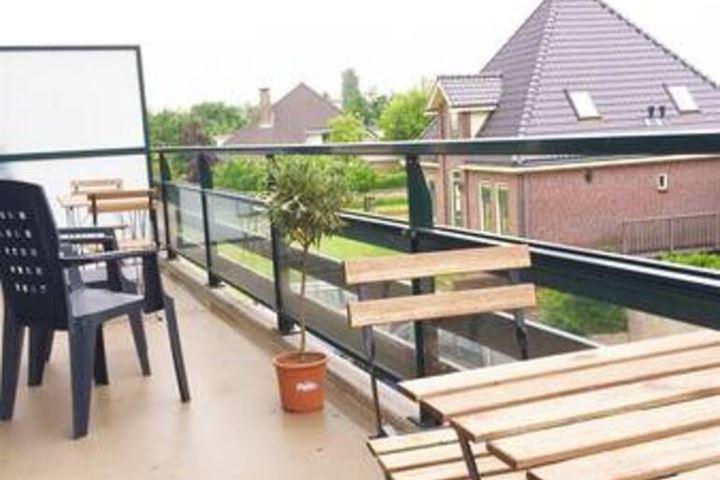 Broekermeerdijk 10