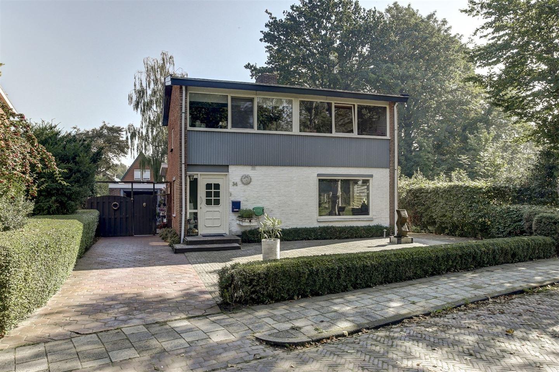 Bekijk foto 1 van Arie Bosscherstraat 34