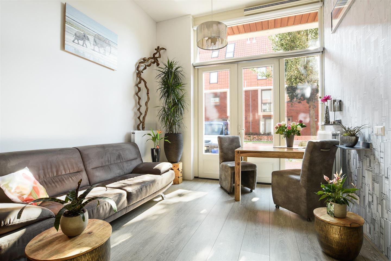 Bekijk foto 2 van Hooftstraat 55