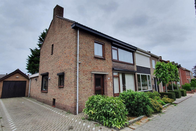 Bekijk foto 4 van Veldstraat 77