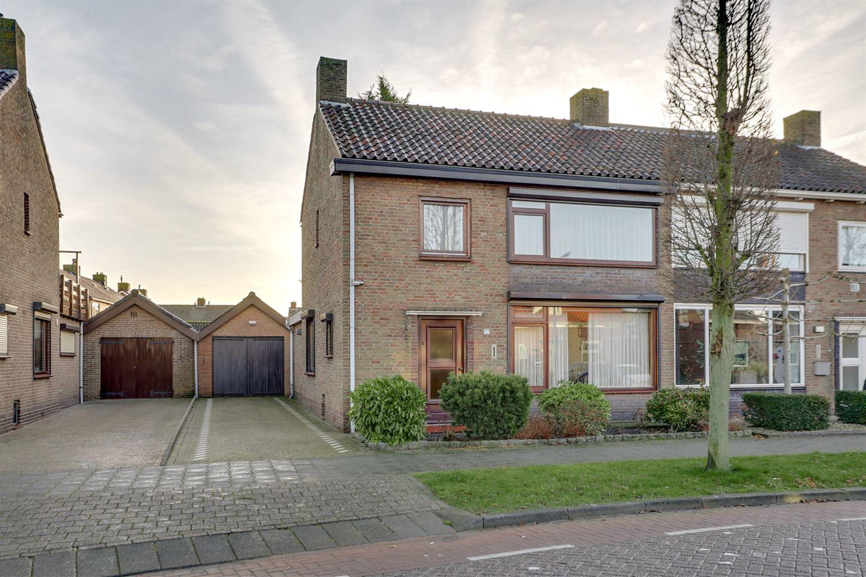 Bekijk foto 1 van Veldstraat 77