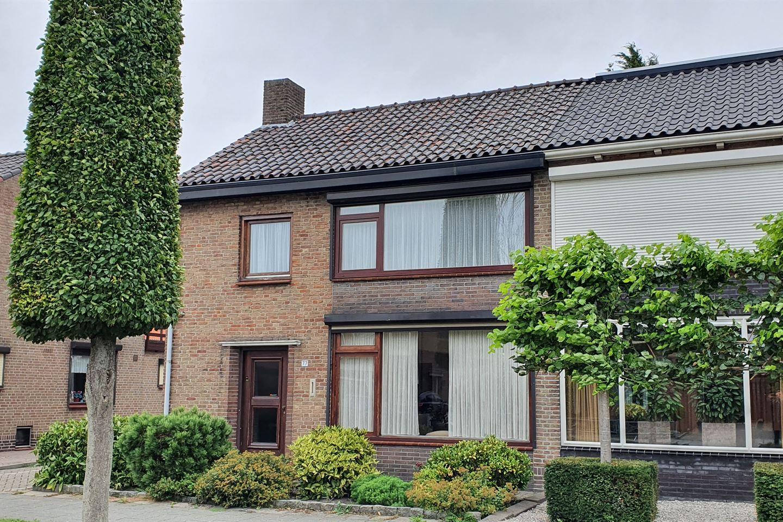 Bekijk foto 3 van Veldstraat 77