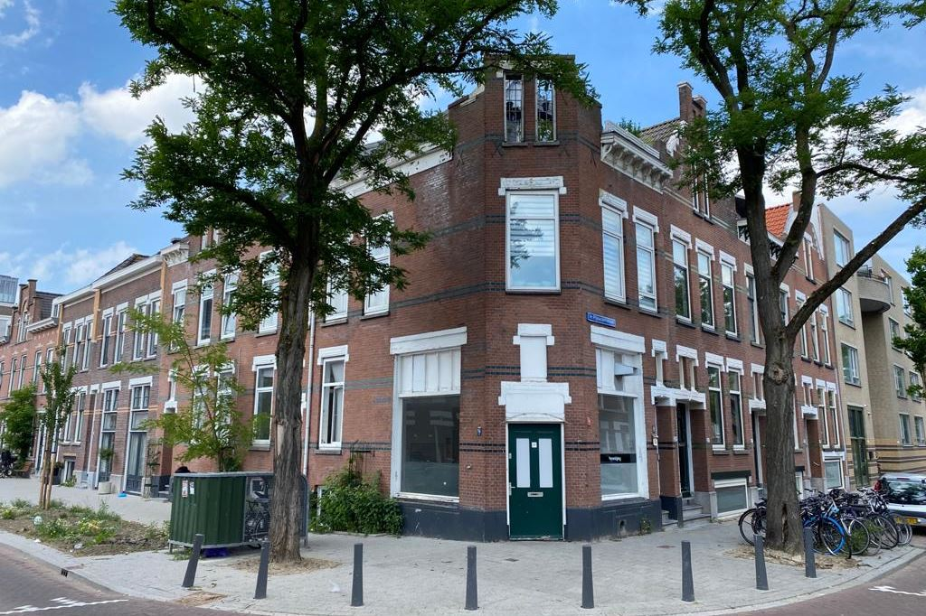 Bekijk foto 1 van 1e Pijnackerstraat 25 B