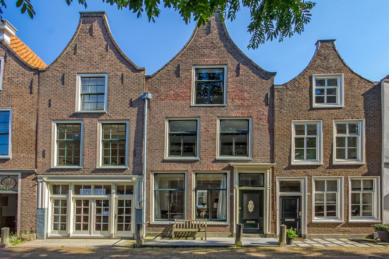 Bekijk foto 1 van Hooglandse Kerkgracht 10