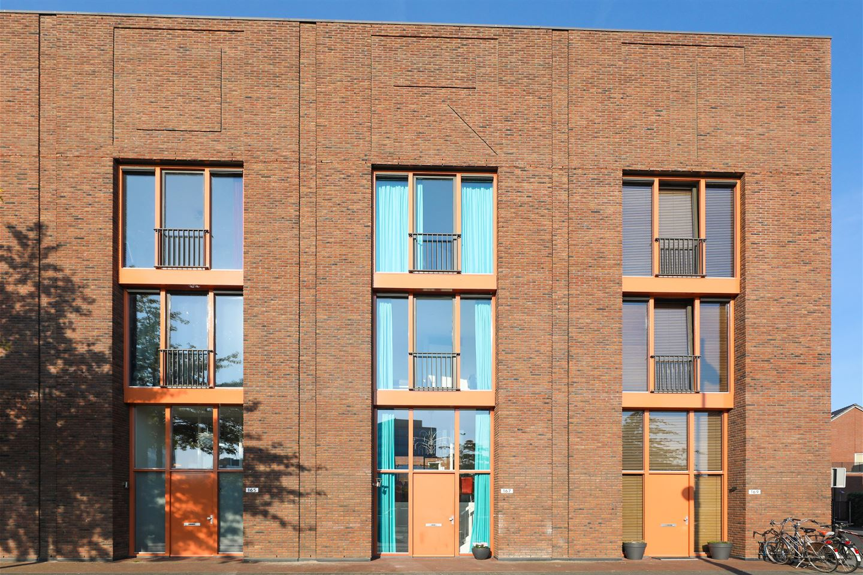 Bekijk foto 2 van Piet Mondriaanlaan 167