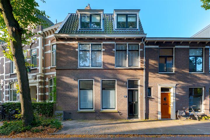 Zuiderkerkstraat 18