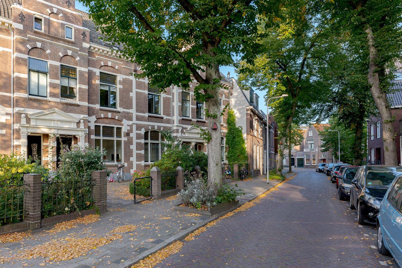 Bekijk foto 2 van Zuiderkerkstraat 18