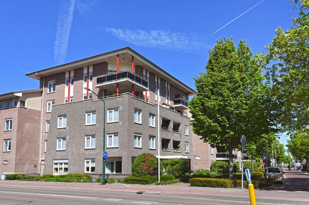 Bekijk foto 1 van Kosterhof 54