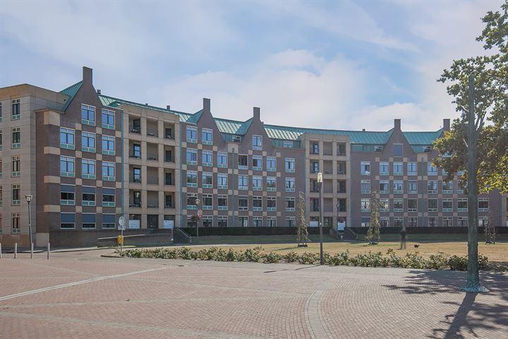 Frans Joseph van Thielpark 17