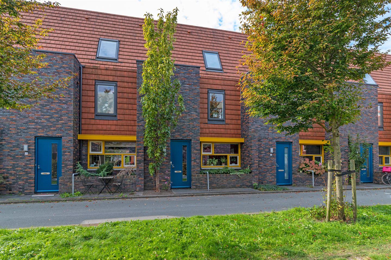 Bekijk foto 1 van Tjerk Bolhuisstraat 24