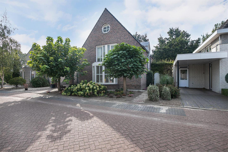 Bekijk foto 3 van Wilhelmina Sangersstraat 14