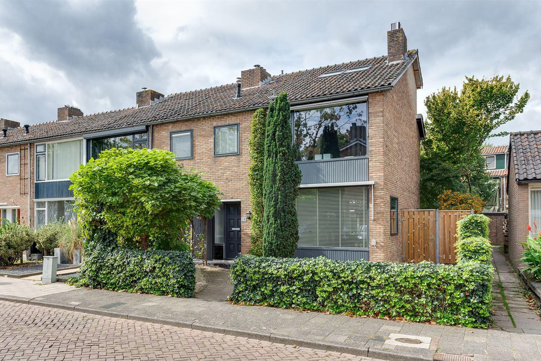 Bekijk foto 1 van Pieter Langendijkstraat 10