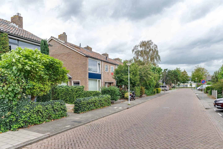 Bekijk foto 3 van Pieter Langendijkstraat 10