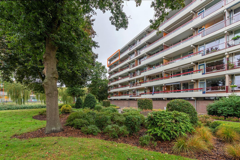 Bekijk foto 1 van Prins Willem-Alexanderpark 155