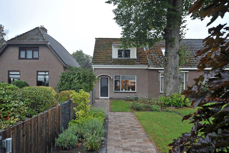 View photo 2 of Langedijk 11