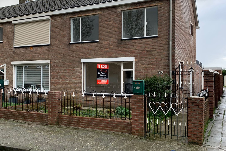 View photo 1 of Amaliastraat 23