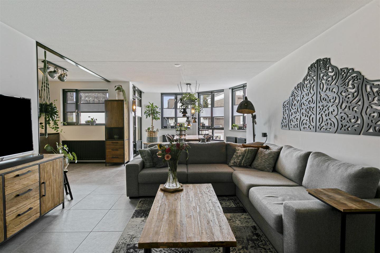 Bekijk foto 2 van Langstraat 49