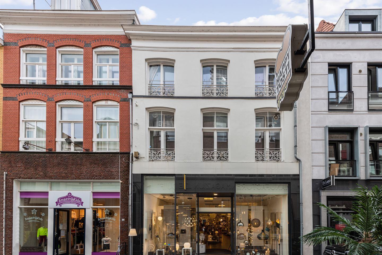 Bekijk foto 2 van Lange Bisschopstraat 28