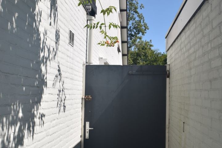 Bekijk foto 4 van Schout Beyhartsstraat 10