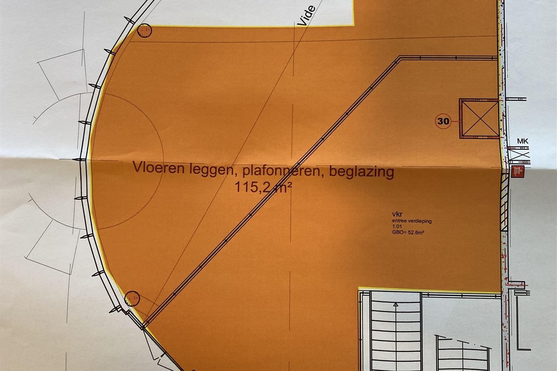 Bekijk foto 2 van Van Embdenstraat 750