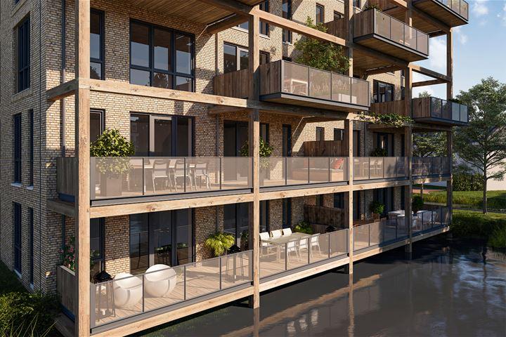 """Gebouw """"Het Slot"""" 13 exclusieve appartementen aan het water en op het zuiden"""
