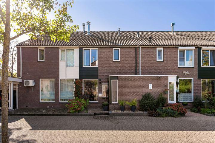 Oosterhoutstraat 38