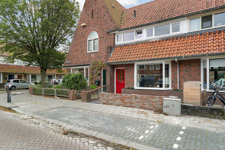 Bekijk foto 2 van Obrechtstraat 7