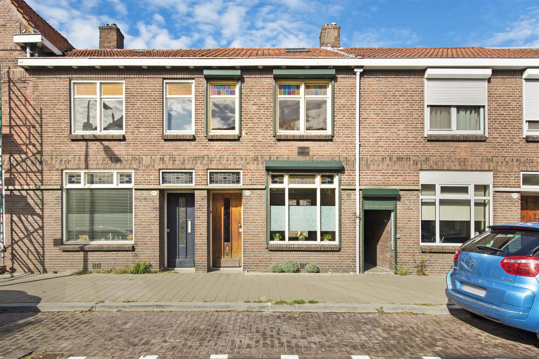Bekijk foto 1 van Jacob van Oudenhovenstraat 65