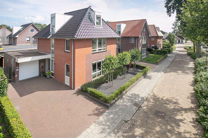 Burgemeester Falkenaweg 231