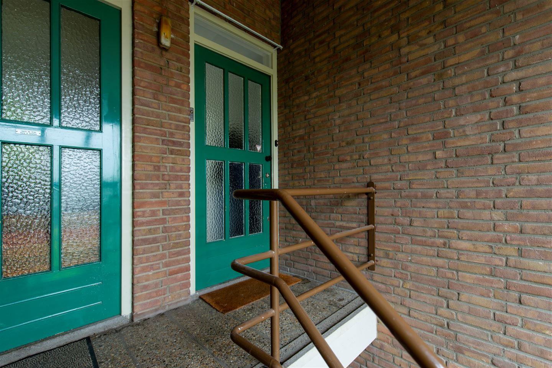 Bekijk foto 2 van Raadhuislaan 136
