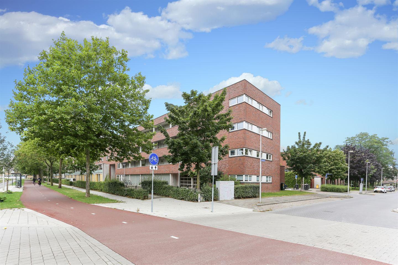 Bekijk foto 3 van Prof. Zonnebloemlaan 70