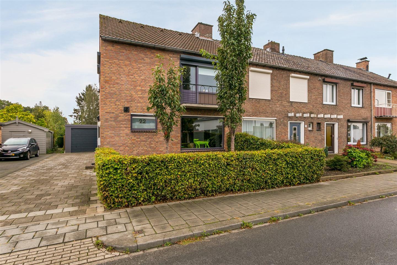 Bekijk foto 3 van Schineksstraat 22