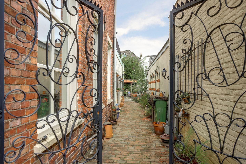 Bekijk foto 2 van Engelsbergenstraat 4 a