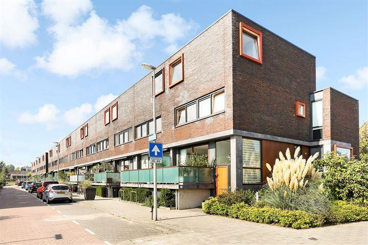 Van de Hulsthof 2