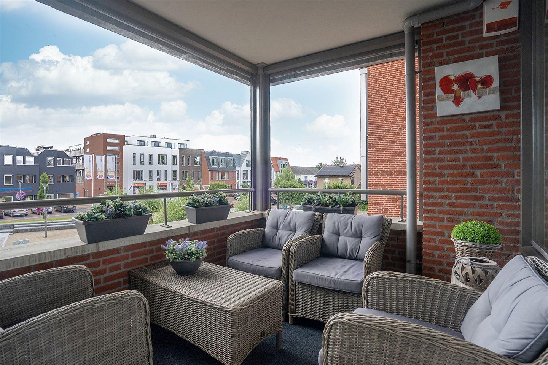 View photo 2 of W.H. van de Pollstraat 16