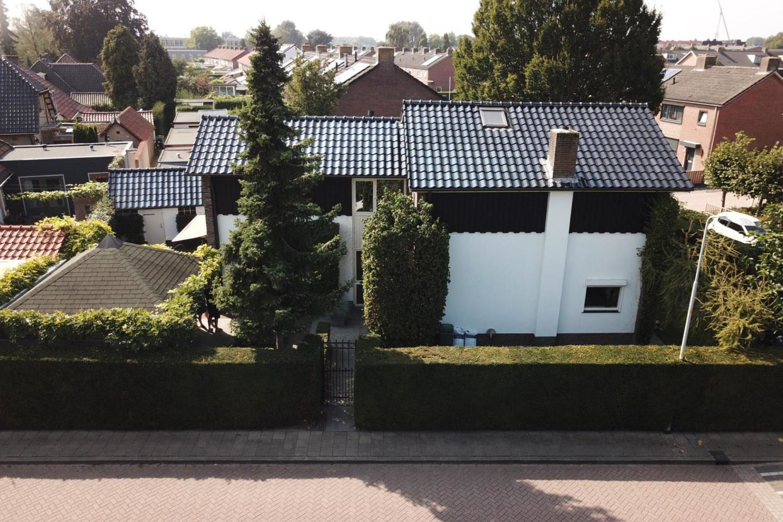 Bekijk foto 1 van Bernhardstraat 7